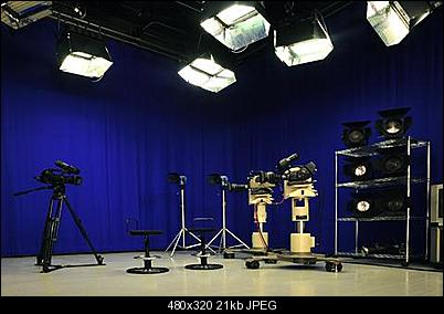 Click image for larger version  Name:ChromaKey_studio_02_0.jpg Views:3422 Size:21.5 KB ID:6932