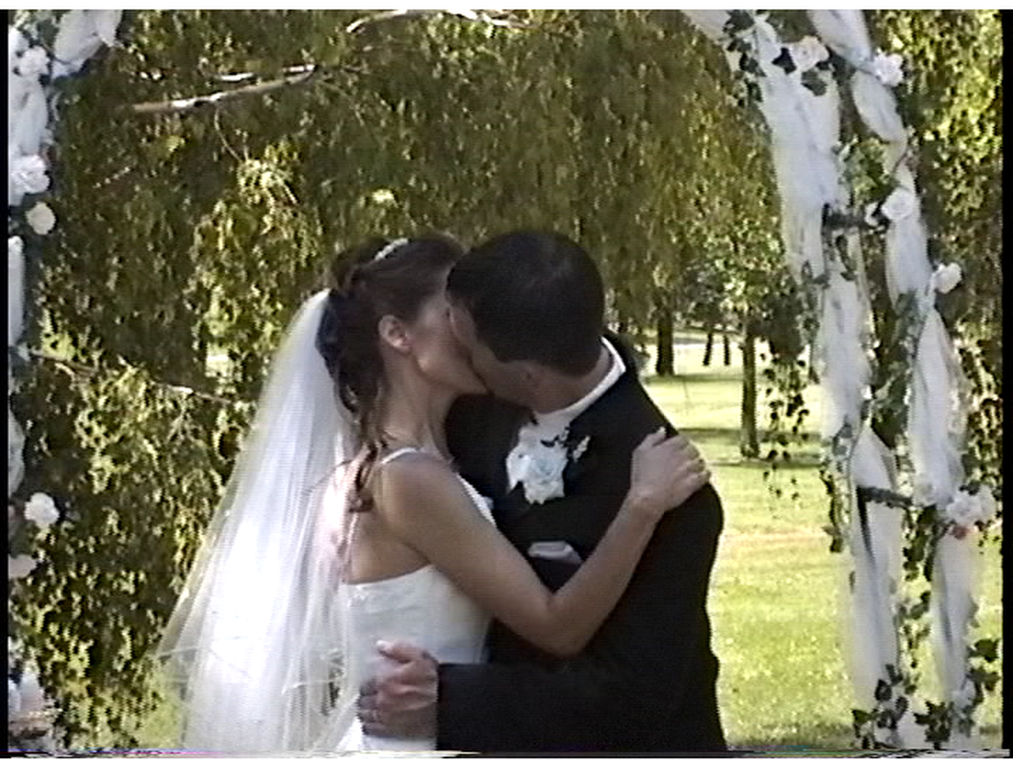 Click image for larger version  Name:Wedding P - 13-30 - WinDV L.png Views:2588 Size:1.95 MB ID:35575