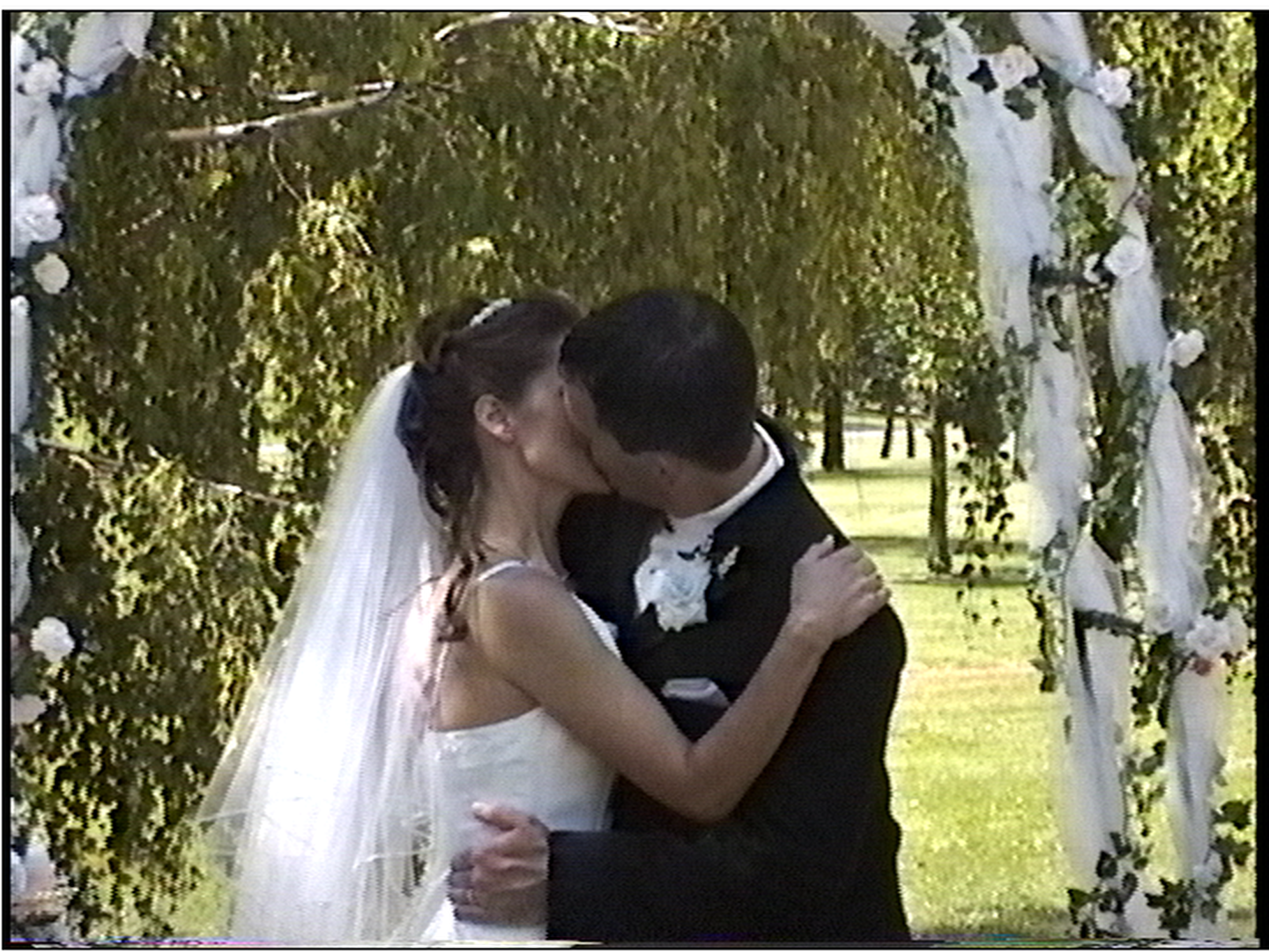 Click image for larger version  Name:Wedding P - 13-30 - DMR-ES25 L.png Views:2528 Size:2.19 MB ID:35578